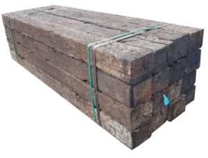 Bundle of 16 USA Oak railway sleepers